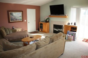 279 Pinecrest Nipomo Family Room 300x199 After Multiple Offers ... In Escrow!