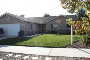 279 Pinecrest Nipomo Outside 300x199 After Multiple Offers ... In Escrow!