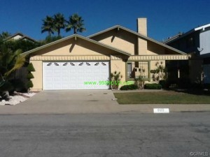923 Lindencliff Torrance 300x225 Realty Professionals Closes Another!