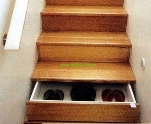 Stairs 300x246 Storage in your Stairs