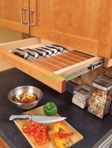 knife drawer 227x300 Hidden Knife Storage