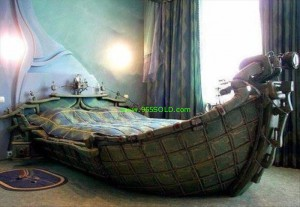Mens Bed 300x207 Why Men usually dont decorate