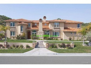 27013 Cliffie 300x225 Luxury Home In Escrow